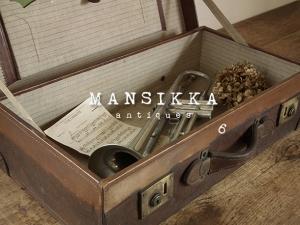 革製の古いトランク