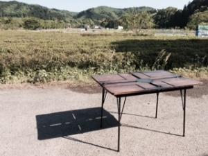 木とアイアンのオリジナルテーブル