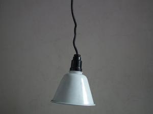 ドイツ製のフレキシブル照明 ペンダントライト