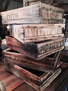 木製トレイ大量入荷