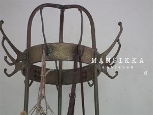 鉄と真鍮の大きなフック付き傘立て