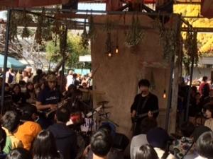 第10回 東京蚤の市の八角テントステージ装飾