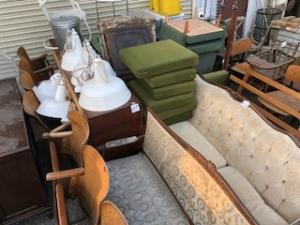 フランス&ベルギーからの家具類入荷