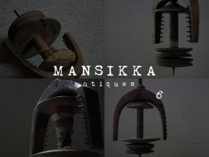 リトアニアの木製糸巻き