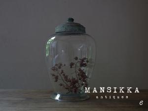アンティークのガラス保存瓶