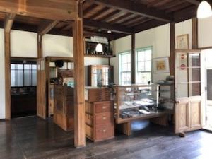 旧田中銀行博物館入り口